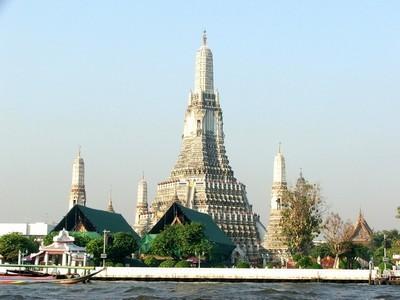 Храм Ват Арун – известная достопримечательность Таиланда